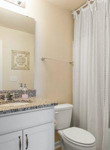 3.bathroom -plot gr.603